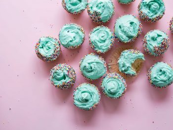 Fantastic Frosted Vanilla Cupcakes